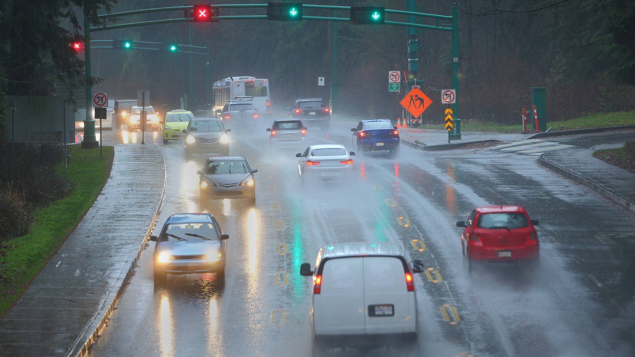 Rise Loans Reviews >> Tips for rainy day driving - CarLoans411.ca
