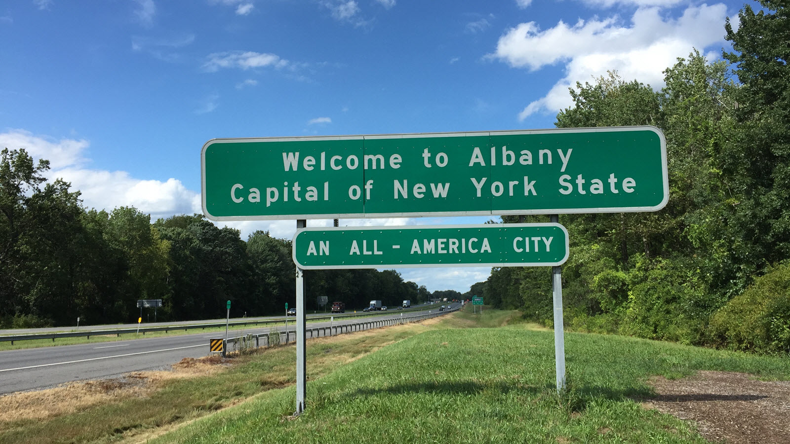 welcome to albany new york sign
